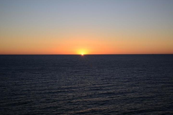 sunrise-320079_1280